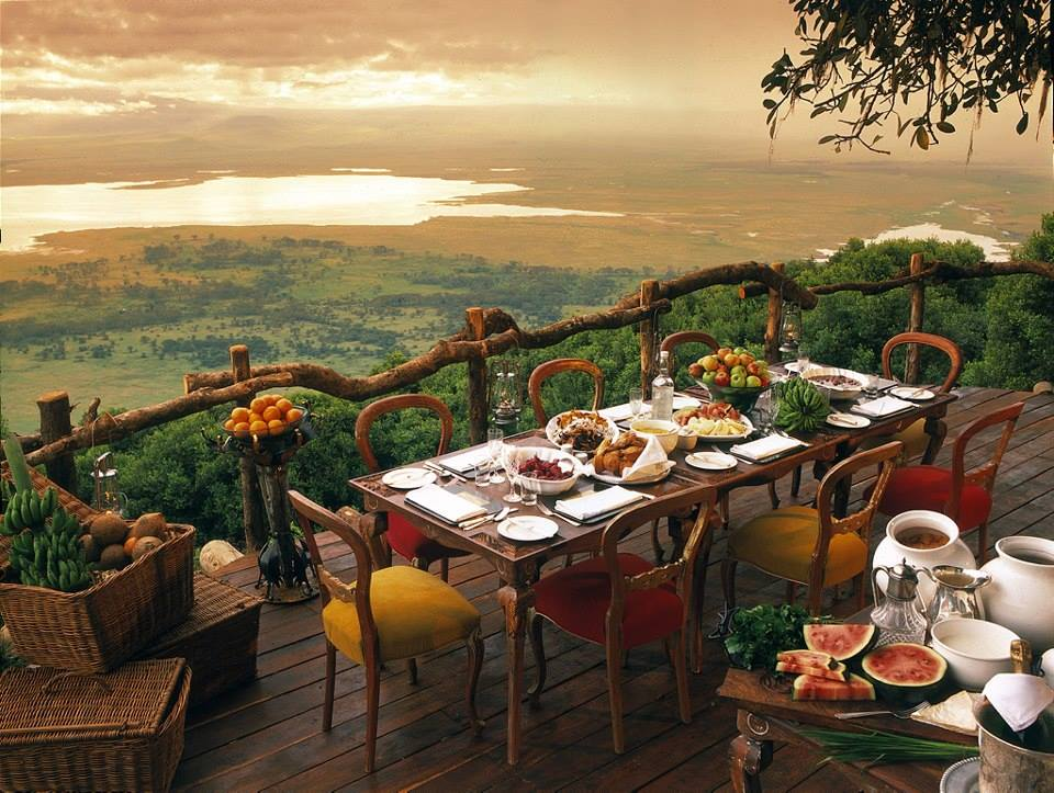 dining in africa